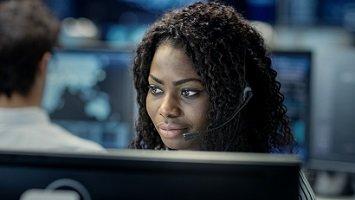 Top 5 Ways Dispatch Consoles Aid Continuous Business Improvement